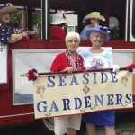 Seaside Gardeners (Photo: Monica Lee)